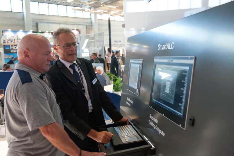 Our contributions to Industry 4.0 and, above all, the SmartALC automatic guiding computer prove our technological lead in track laying and maintenance.