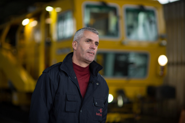 """Shefki Krasniqi, Head of Maintenance Machines at Infrakos: """"Together with the manufacturer, we have been able to operate the machine without difficulty."""""""