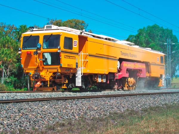 Since 1996, Plasser & Theurer has delivered more than 300 machines of this type. This machine has been operated successfully in Sydney, Australia