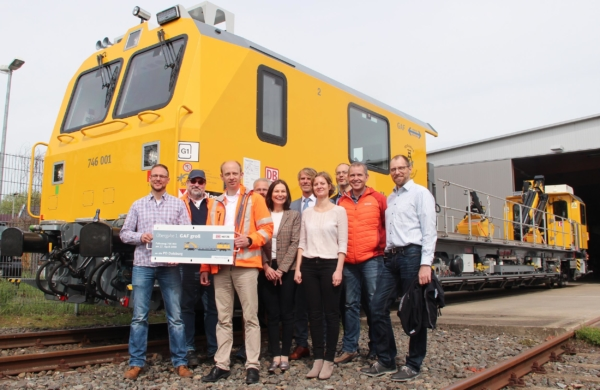 The GAF project team at the launch of the first vehicle in Oberhausen, Germany.  © DB Netz AG