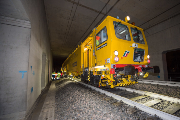 "RFI together with Plasser & Theurer are testing the new method for absolute track geometry measurement using an ""intelligent"" tamping machine."