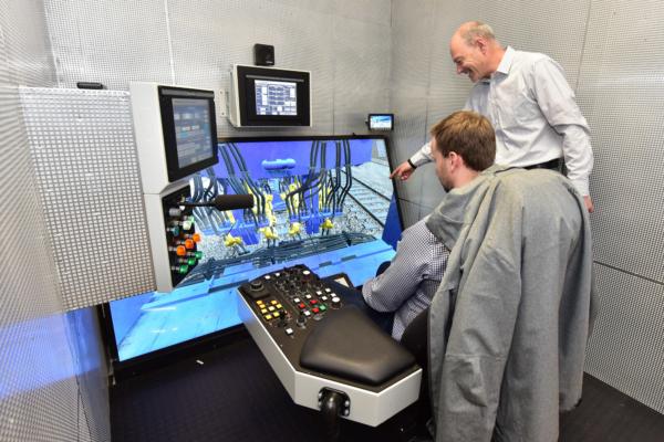 Probar sin miedo a causar daños - los exclusivos simuladores de bateo lo hacen posible.