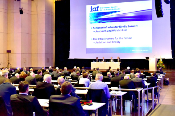 In May, around 220 experts from several countries took part at the 3rd iaf Congress for Railway Infrastructure Works in Münster, with lectures and discussions.