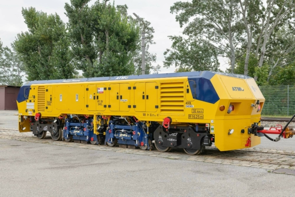 ATMO: Plasser&Theurer's newly developed rail grinder for operations in tramway and urban railway networks