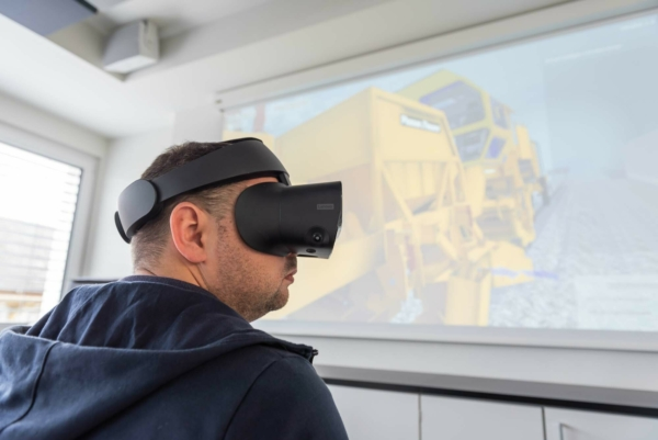 New VR ballast regulating simulator allows for more flexible and mobile training