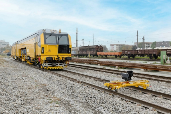 DGU's high-capacity machine combines top-quality tamping results with a high working speed
