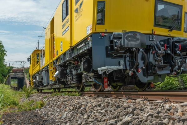 Managing rail service disruptions in a quick, easy, and cost-effective way