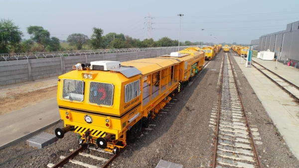 A significant advantage of the new factory in Karjan is its direct access to one of Indian Railways' main lines